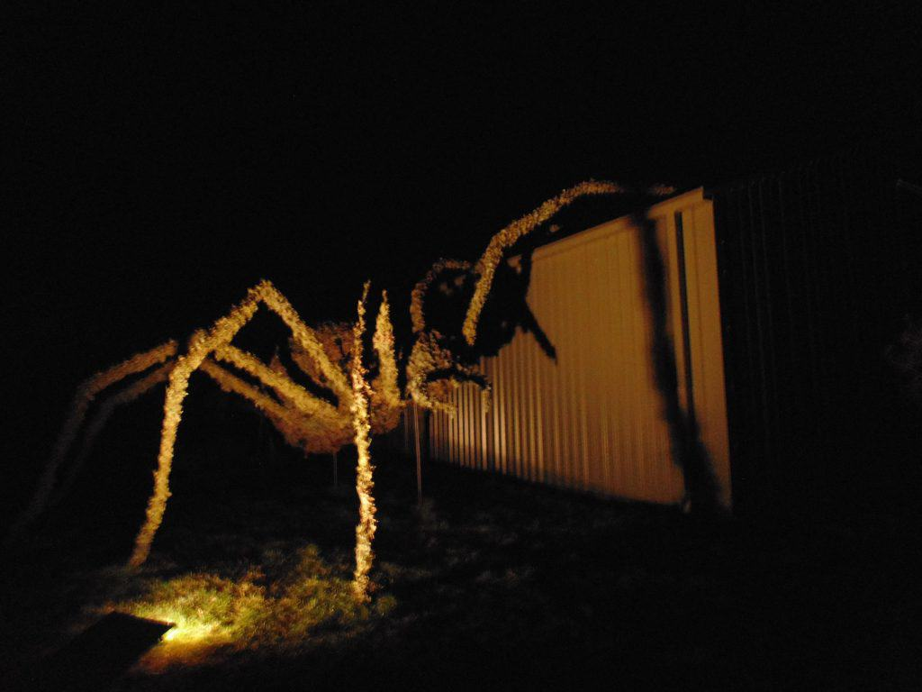 Giant Spider stage prop by topiary Art Designs
