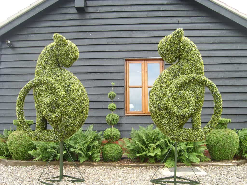 Kasper Cats Artificial Topiary