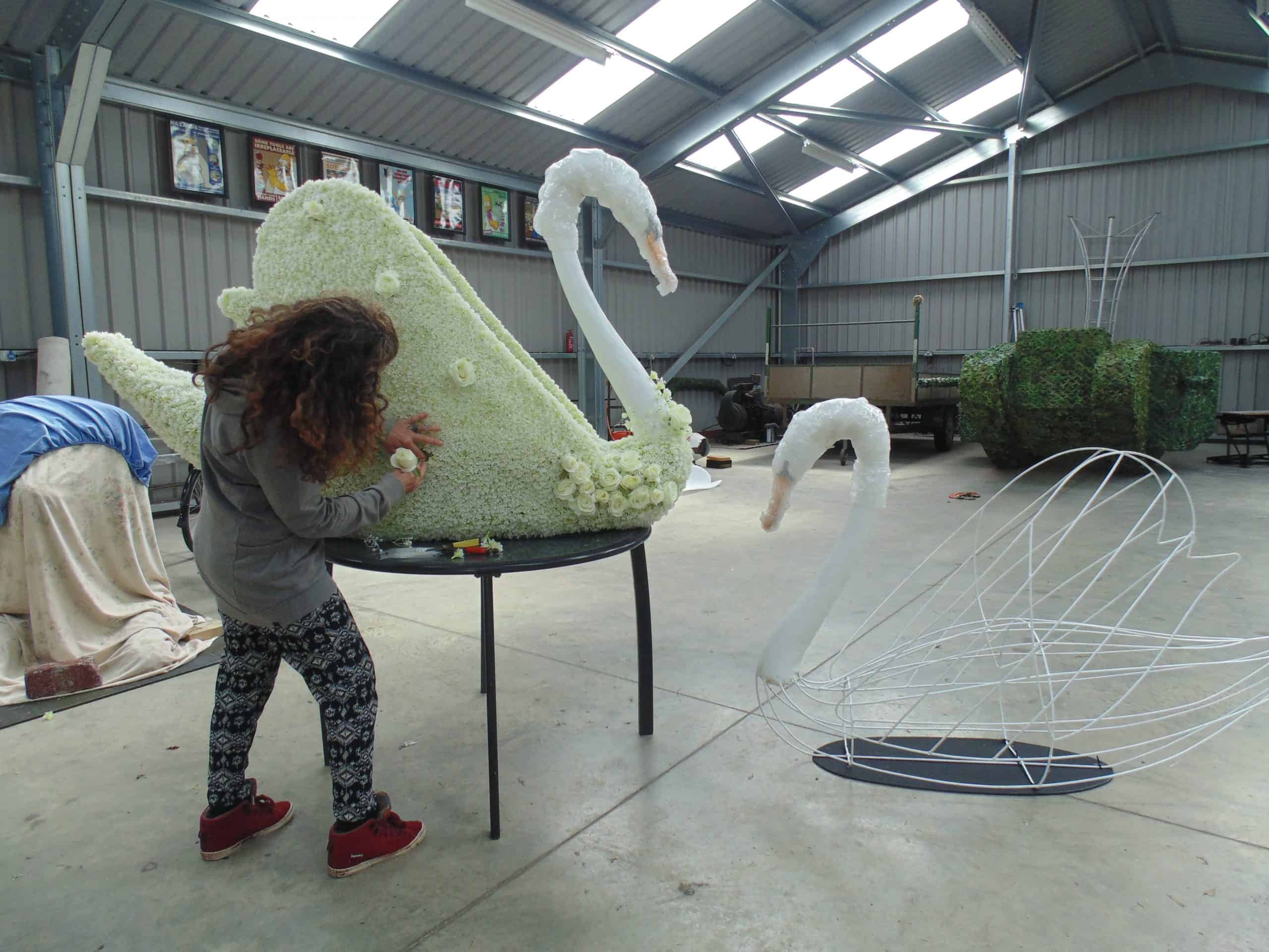 The Making Of Topiary Topiary Art Designs